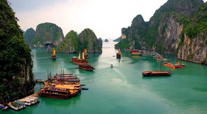 11 Tempat Wisata Terbaik di Teluk Halong Vietnam